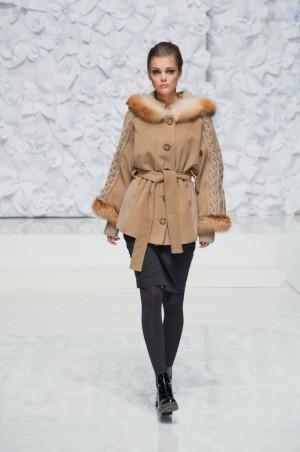 Bazhani: Пальто Эльза - главное фото
