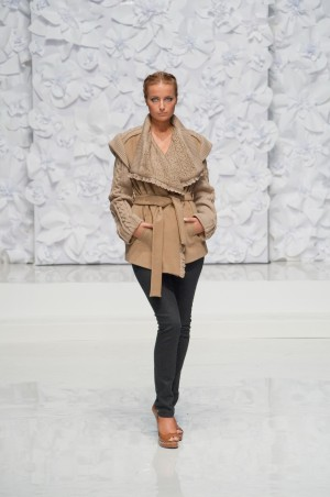 Bazhani: Пальто Лоран - главное фото