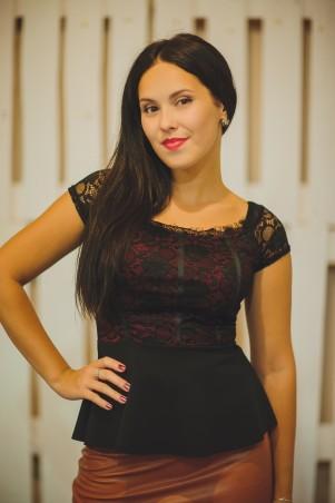 BIBI-Brand: Блуза с баской с кружевом - главное фото