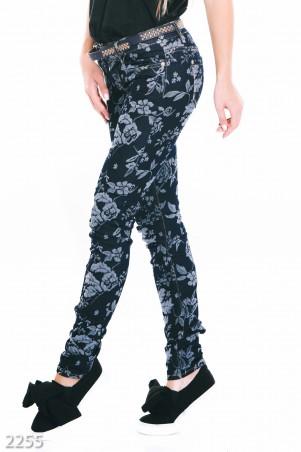 ISSA PLUS: Темно-синие джинсы Skinny с цветочным рисунком 2254_мультиколор - главное фото