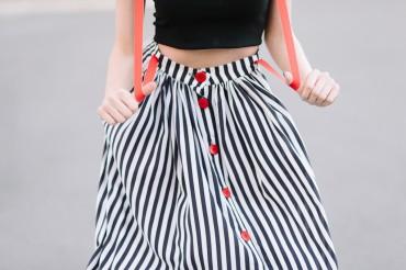 Lilo: Джинсовая юбка миди с красными пуговицами 08039 - главное фото