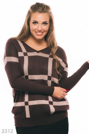 ISSA PLUS: Коричневый свитер-туника в крупную бежевую клетку с V-вырезм 2312_коричневый - главное фото