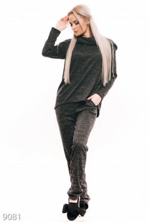 ISSA PLUS: Трикотажный спортивный костюм-двойка темно-серого цвета с хомутом 9081_темно-серый - главное фото