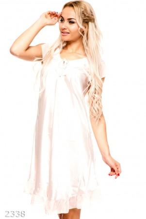 ISSA PLUS: Нежно-розовая ночная сорочка из атласа с бантиком на груди 2338_розовый - главное фото