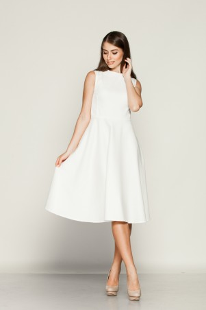 Marterina. Платье с отрезной юбкой полусолнце из белого коттона. Артикул: K01P08CT01
