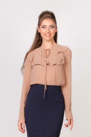 Marterina: Блуза с рукавом и воланом на кокетке из бежевого шифона K02BL04SF09 - главное фото