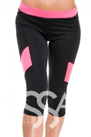 ISSA PLUS. Спортивные черные капри с розовым поясом и вставками по бокам. Артикул: 8010_черный/розовый