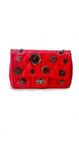ISSA PLUS: Красная сумочка-клатч из прошитой эко-кожи с фурнитурой AMG-A805_красный - главное фото