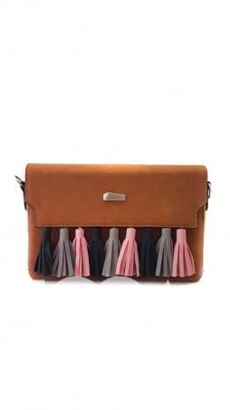 ISSA PLUS: Коричневая женская сумочка-клатч с цветными кистями  AMG-A7034_коричневый - главное фото