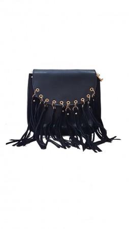 ISSA PLUS. Черная женская сумочка из эко-кожи с длинной бахромой на металлических кольцах. Артикул: AMG-A832_черный