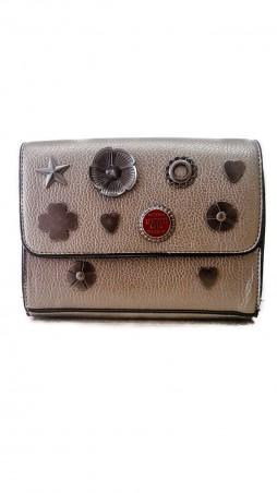 ISSA PLUS: Женская сумочка из серебряной эко-кожи с металлической фурнитурой AMG-A826_серебрянный - главное фото