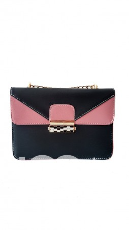 ISSA PLUS. Черная с розовым прямоугольная сумочка на золотистом ремешке-цепочке. Артикул: AMG-820_розовый