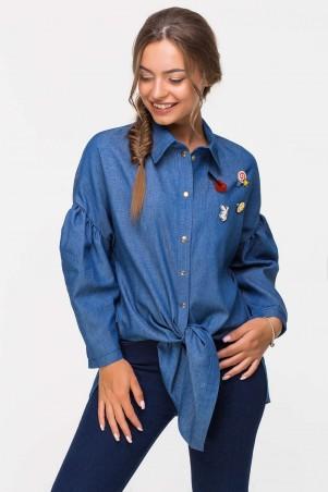 Zefir. Джинсовая рубашка с брошками. Артикул: BADGE синяя