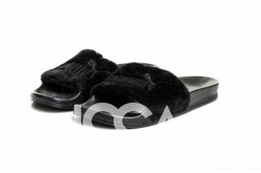 ISSA PLUS. Черные меховые тапочки с вышивкой на плотной подошве. Артикул: PA-01_черный