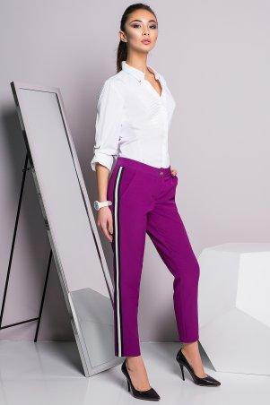 A-Dress. Стильные брюки цвета фуксия с лампасом. Артикул: 30010