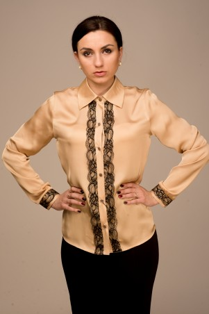 Apart Fashion: Блуза 2002 - главное фото