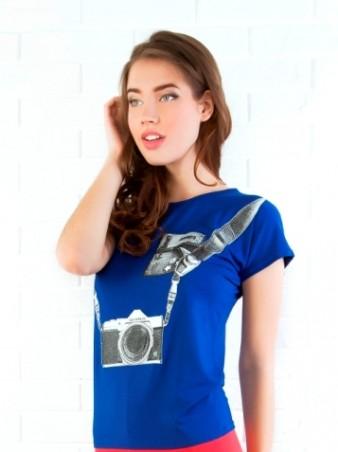 ISSA PLUS: Синяя футболка с принтом Фотоаппарат 31_синий - главное фото