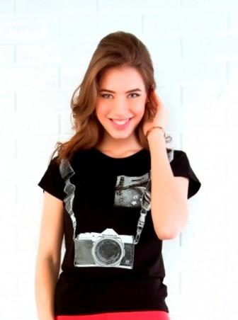 ISSA PLUS: Черная футболка с принтом Фотоаппарат 31_черный - главное фото