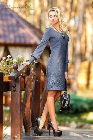 Seventeen: Платье 1037 - главное фото