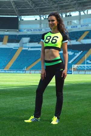 ISSA PLUS: Черные спортивные брюки с салатовым поясом 526_черный/салатовый - главное фото