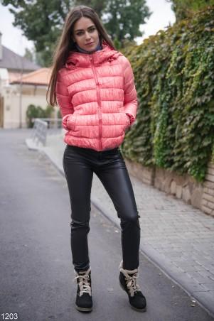 ISSA PLUS: Короткая персиковая дутая курточка 1203_персиковый - главное фото
