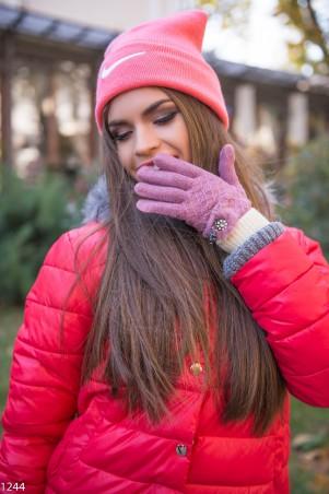 ISSA PLUS: Сиреневые перчатки с мехом и стразами 1244_сиреневый - главное фото