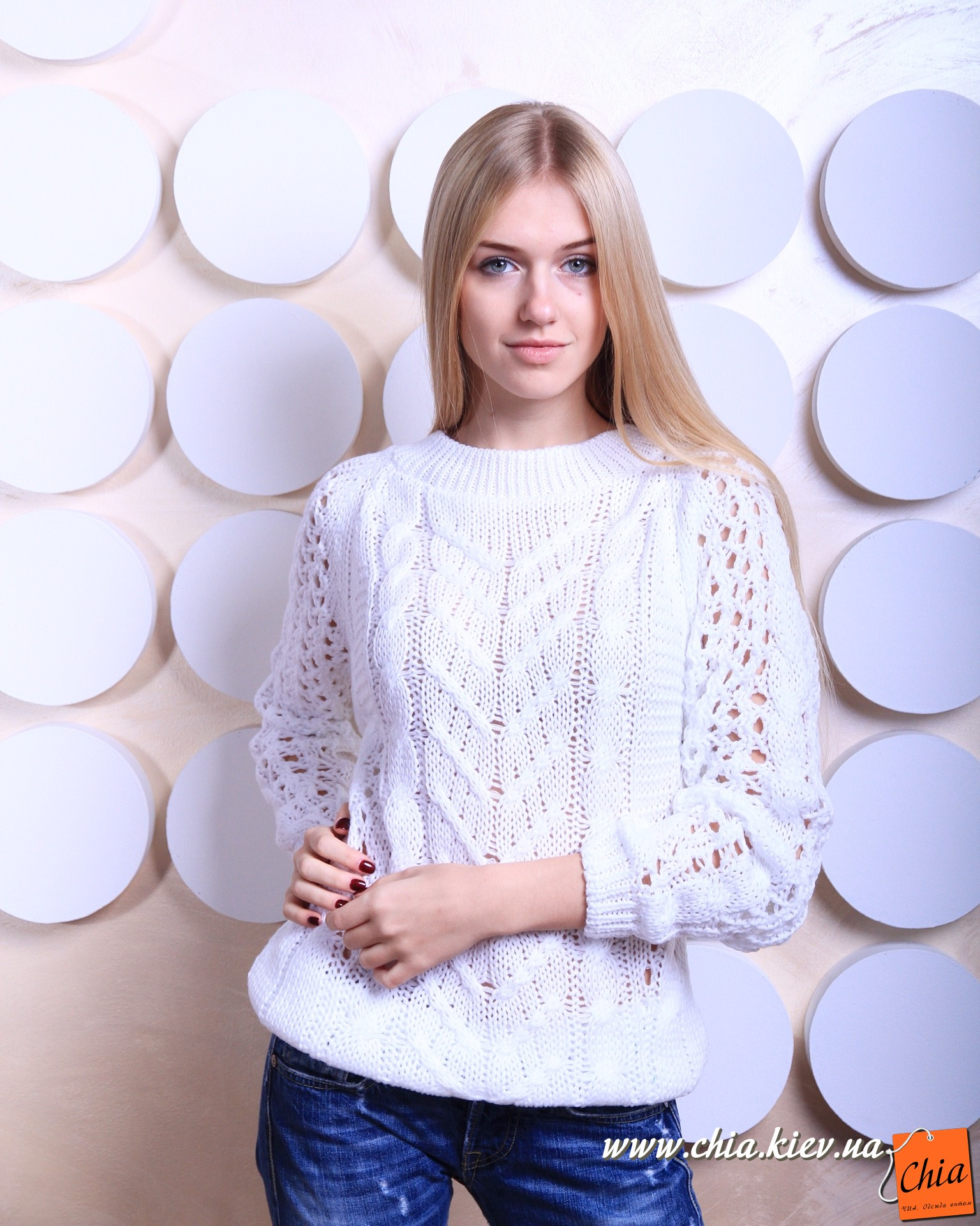 белый свитер крупной вязки женский схема