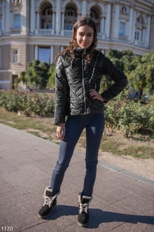 ISSA PLUS: Короткая черная демисезонная куртка 1170_черный - главное фото