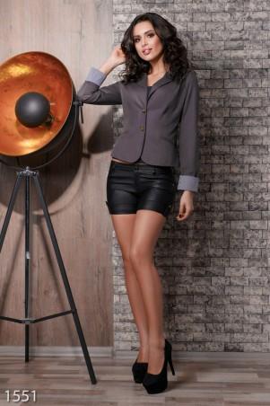 ISSA PLUS: Кожаные шорты с задними карманами 1551_черный - главное фото