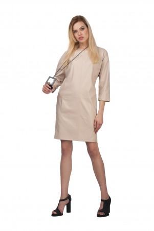Lilo: Короткое бежевое платье из экокожи 01990 - главное фото