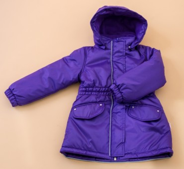 Be Easy: Пальто из плащевки на девочку на холлофайбере 2015D05-SI - главное фото