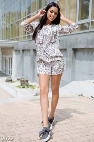 ISSA PLUS: Белое платье-рубашка свободного кроя с бежевым узором на пуговках 2022_белый/бежевый - главное фото